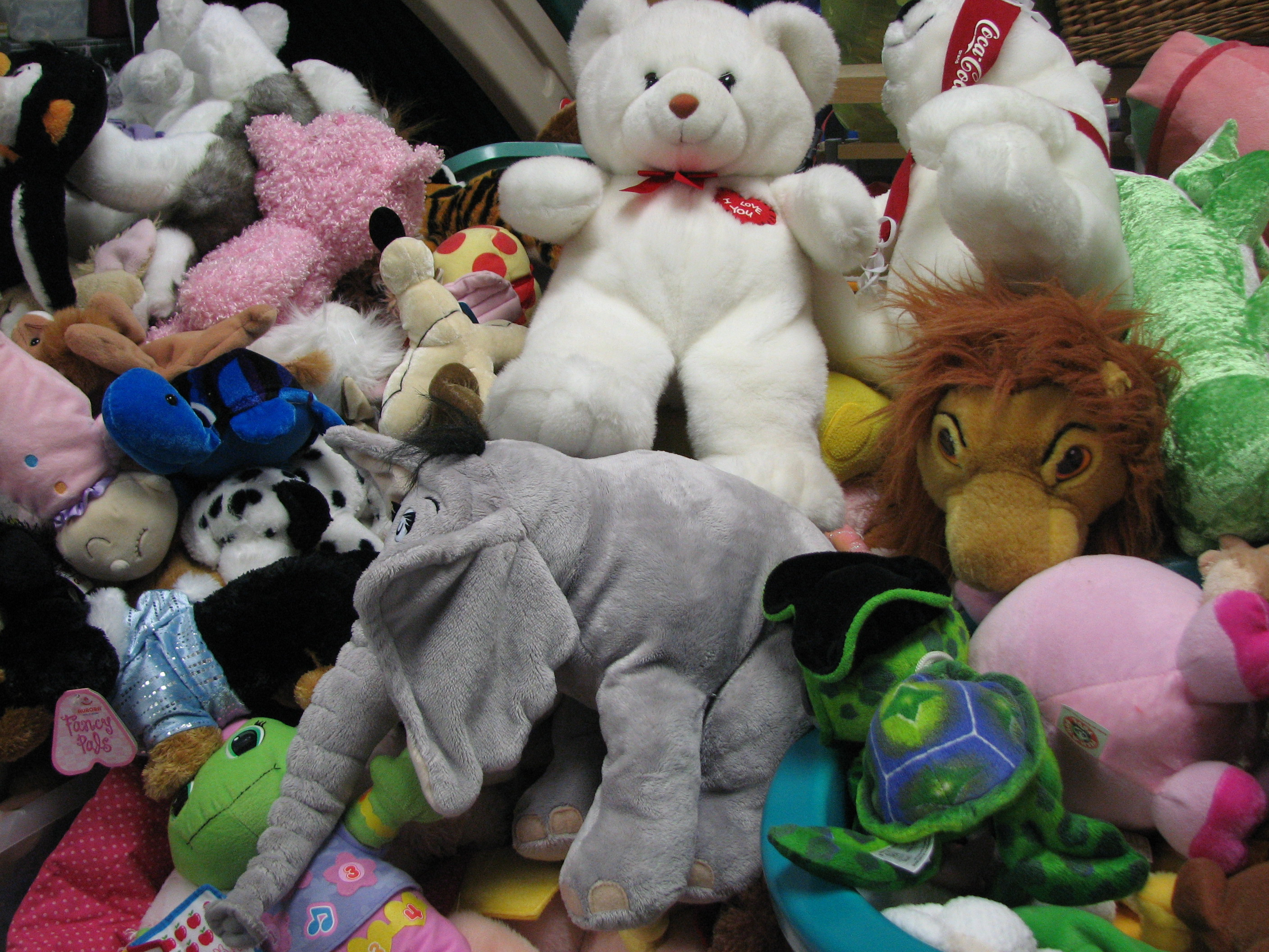 Plush Stuffed Animal Toys : The march of stuffed animals powered by robots