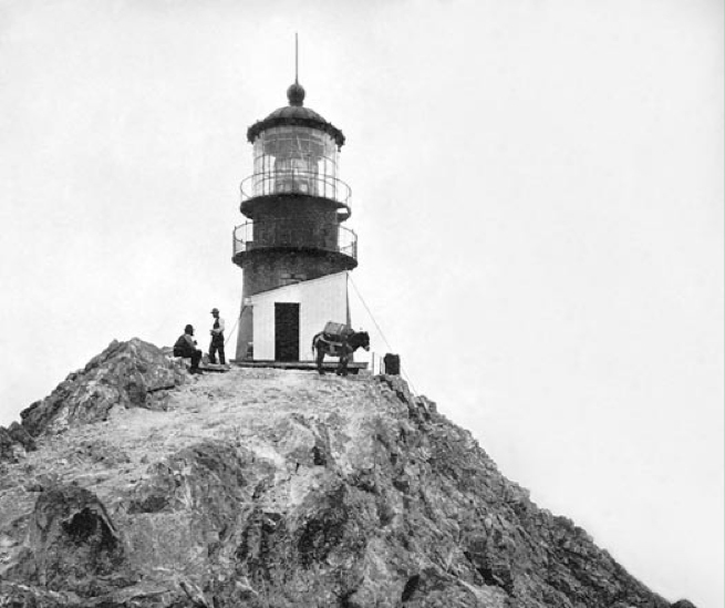 farallon island lighthouse